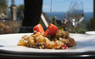 Taboulé méditerranéen à l'huile d'olive et aux fraises